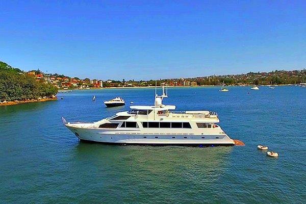 sydney harbour cruises-boat hire sydney harbour